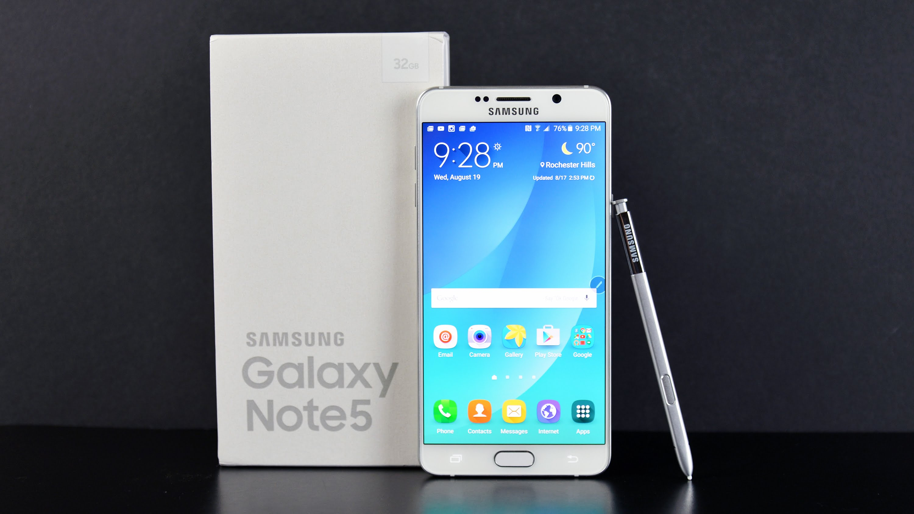 Samsung Galaxy Note 5 Winter Special Edition